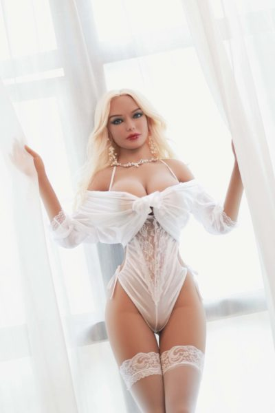 Alina Big Breast Mature Sex Doll