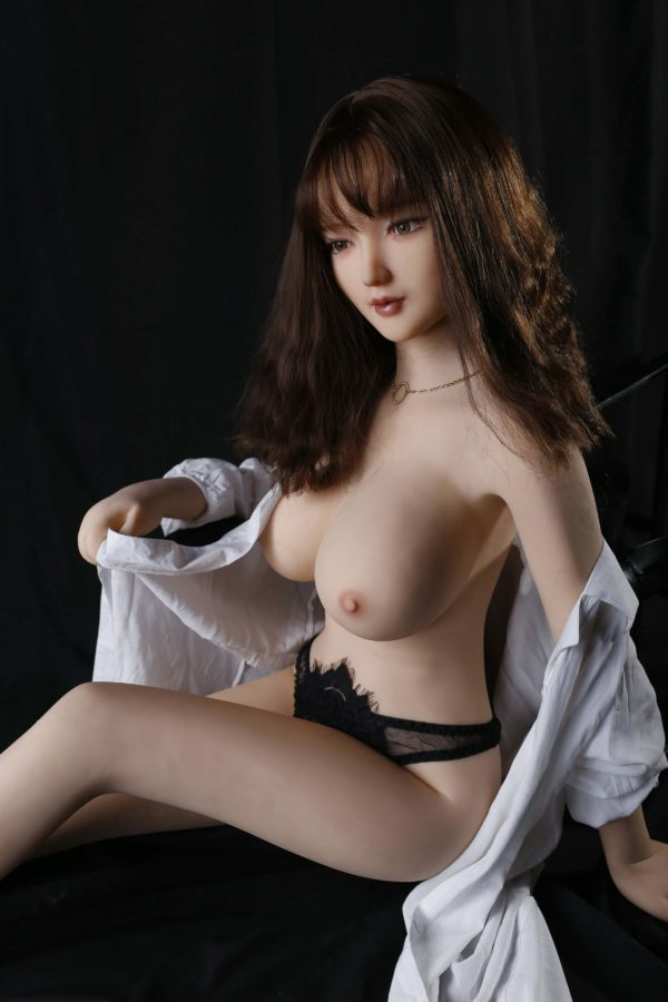 Asian Hot Doll