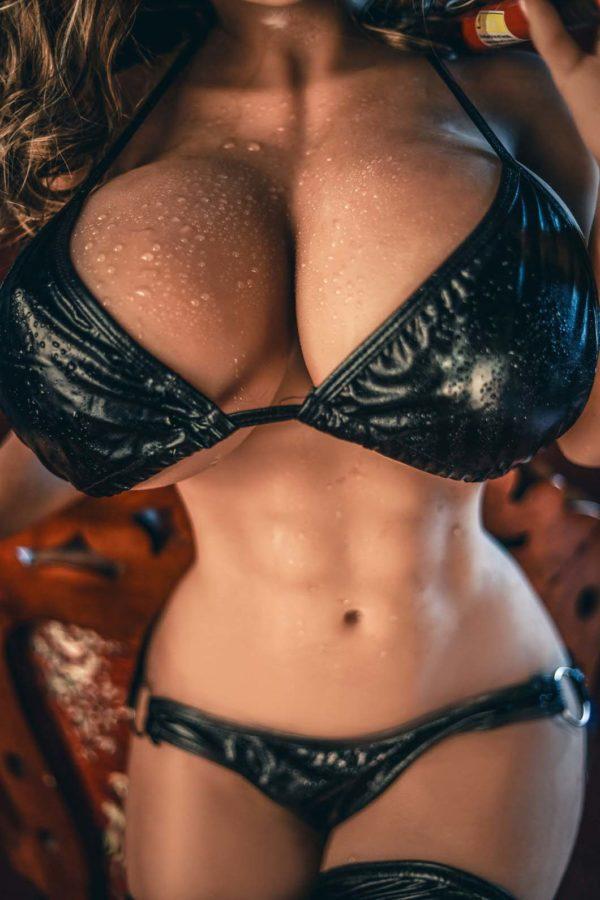 Muscular Huge breast