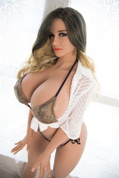 Eleonor Curvy Sex Doll