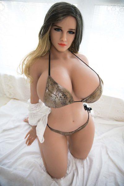 Curvy Sex Doll
