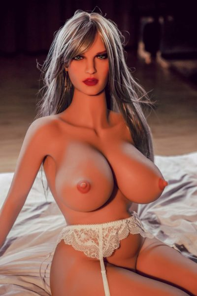 Mature Hot Doll Lily