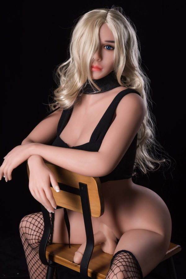 Transexual sex doll