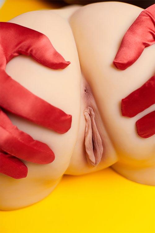 Realistic masturbator for men torsos and legs sex toys